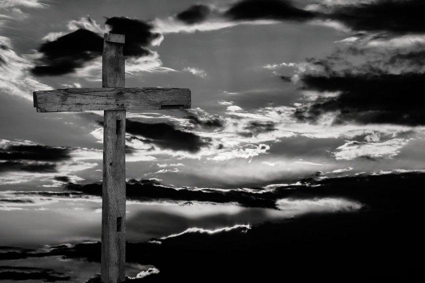 JESUS NÃO ESTÁ MORTO!